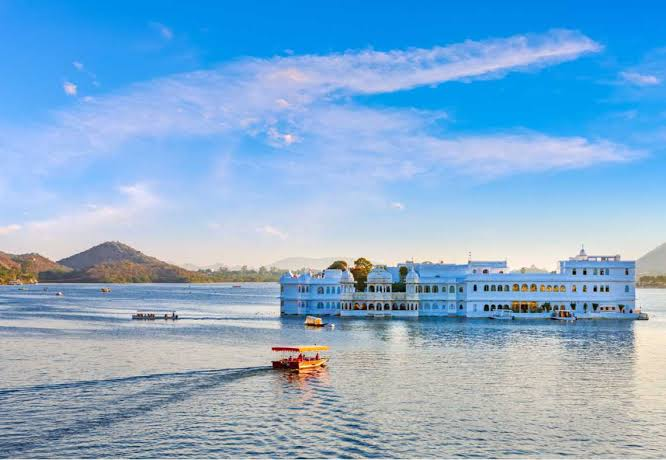 Golden Triangle Tour with Udaipur and Jodhpur